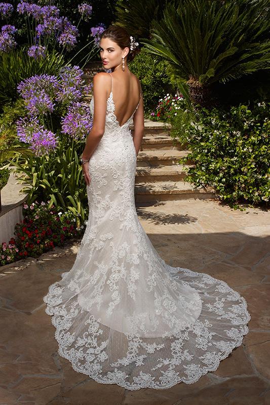 1975_Casablanca_Bridal_Gown