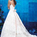 9400 Allure Wedding Dress