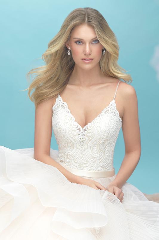 9450 Allure Wedding Dress