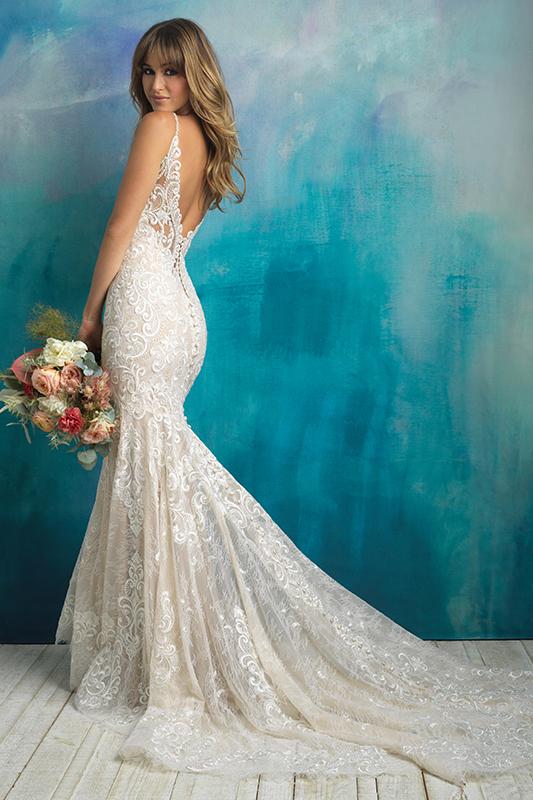 9501 Allure Bridals Classic Wedding Dress
